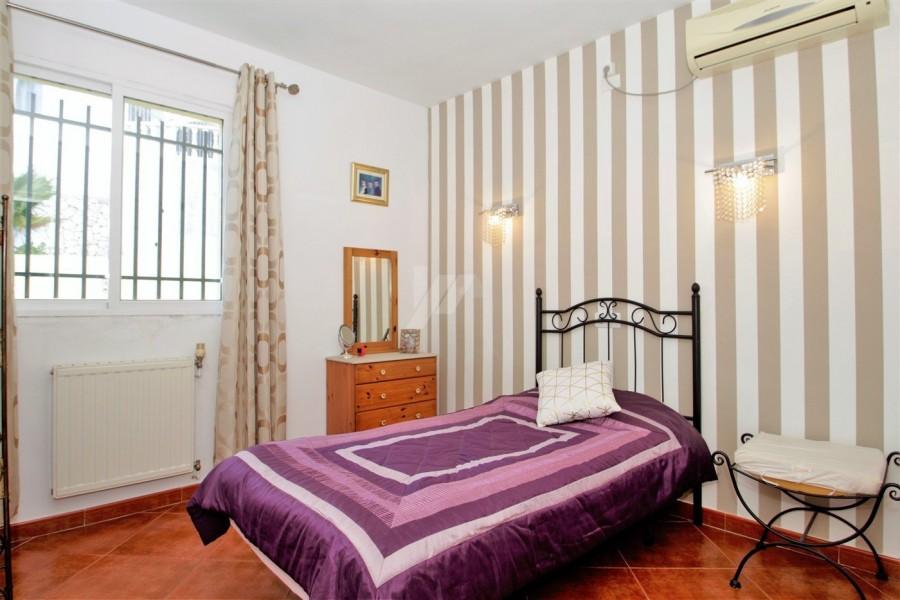 8 Bed Villa For Sale