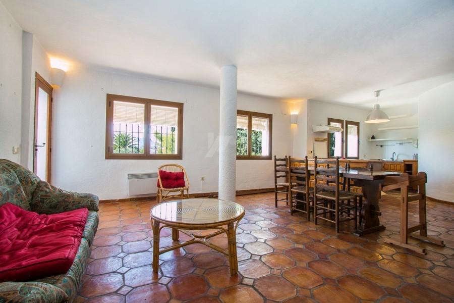 7 Bed Villa For Sale