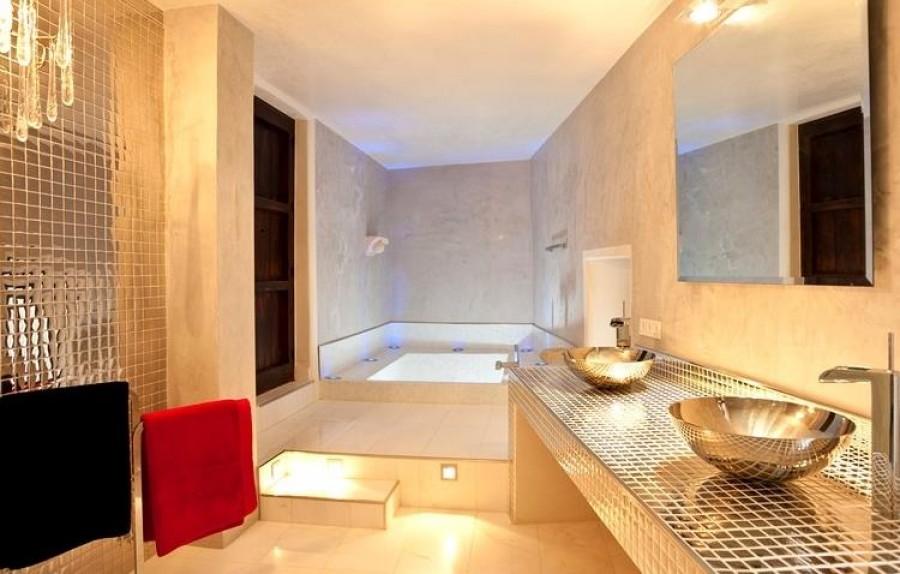 Villa 7 Chambres à Coucher à Vendre