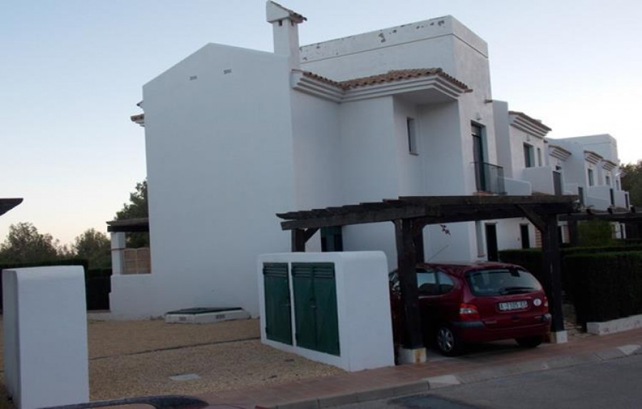 9 Bed Semi-detached For Sale