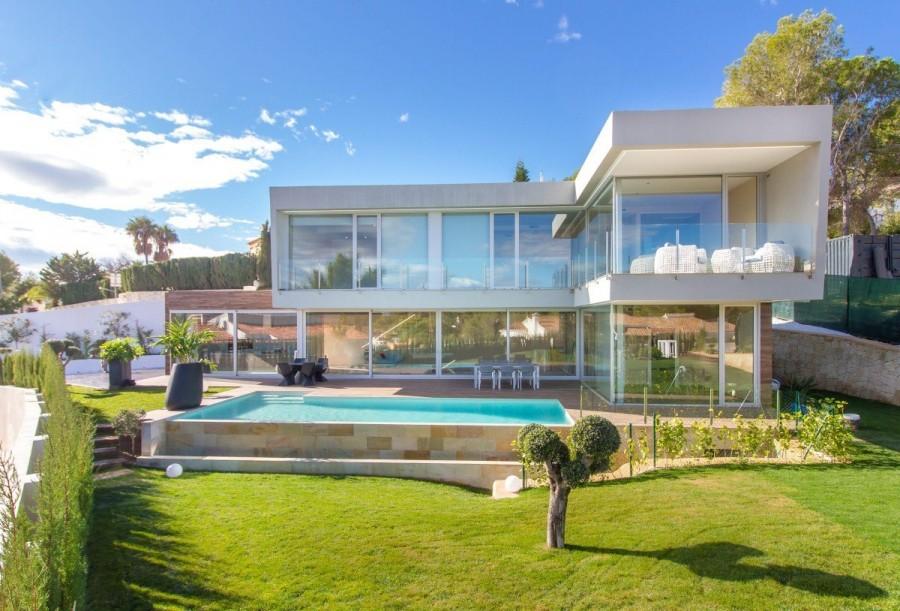 edb76efcfe 4 Bed Villa for Sale in Costa Blanca North