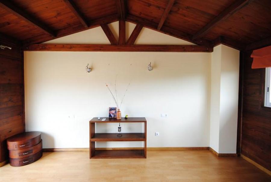 3 Makuuhuoneen Rivitaloja Myytävänä