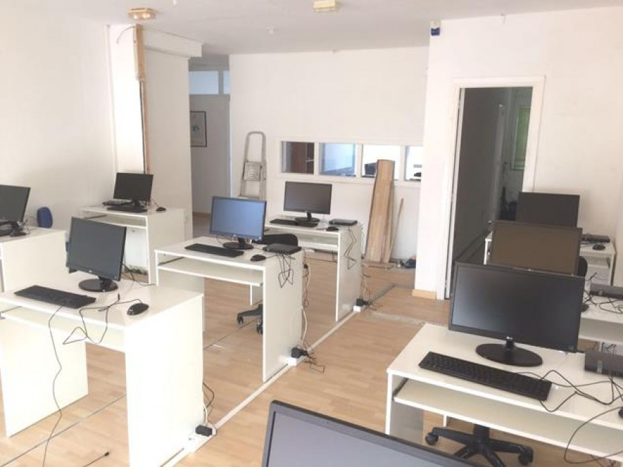 Commercial Unit For Sale