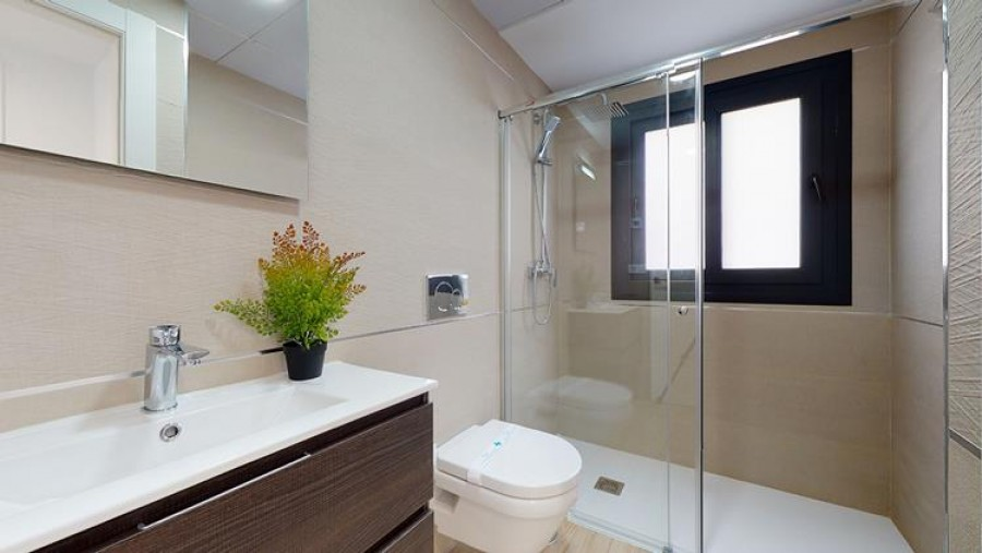 2 Bed Town House For Sale