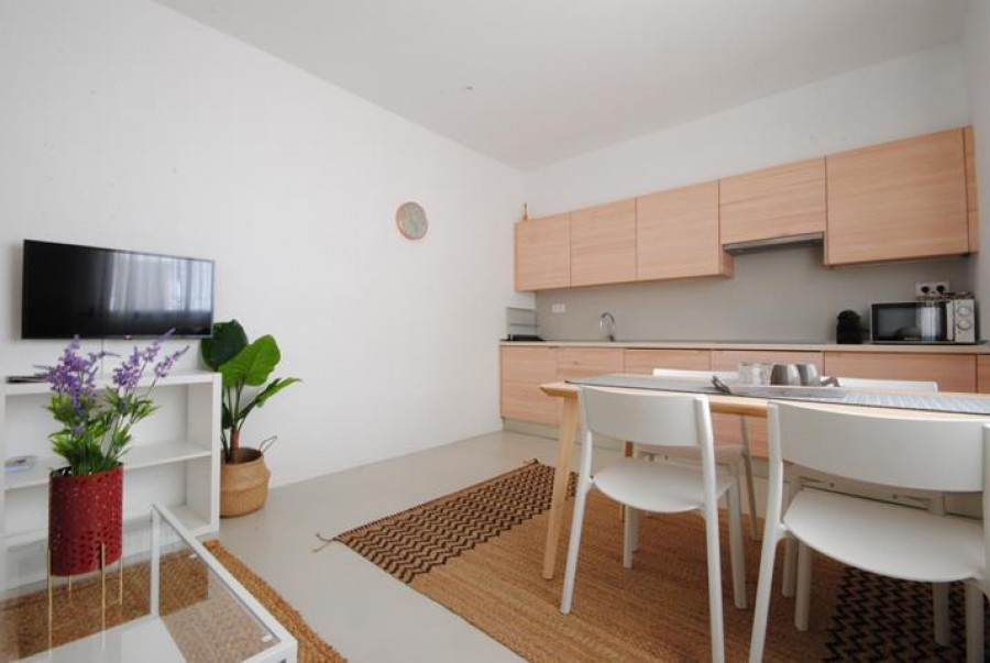 1 Bed Town House For Sale
