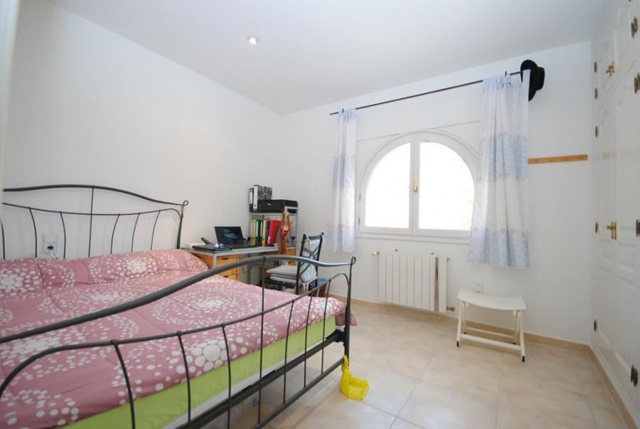 4 Bed Villa For Sale