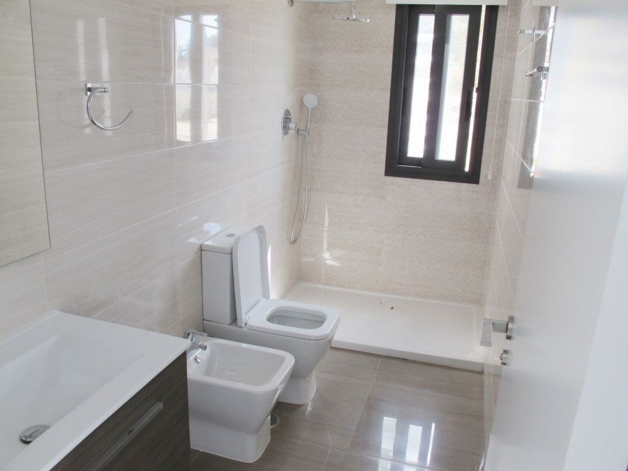 6 Bed Town House For Sale