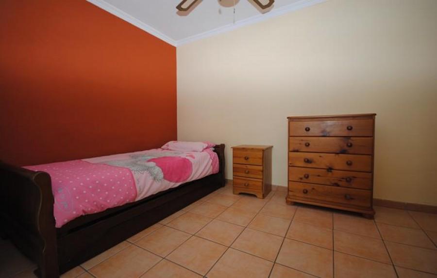 5 Bed Villa