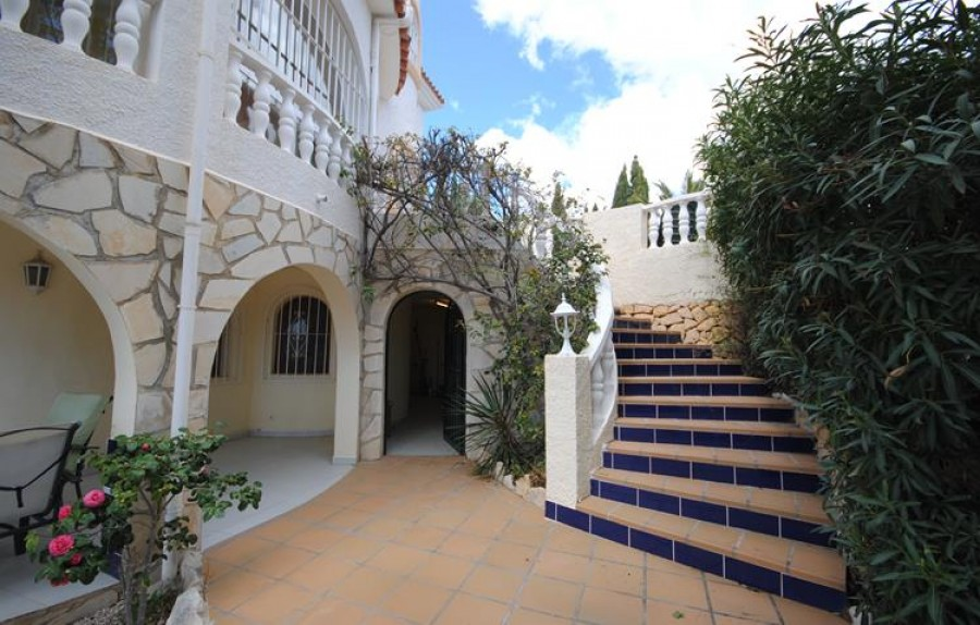 Villa 5 Chambres à Coucher à Vendre